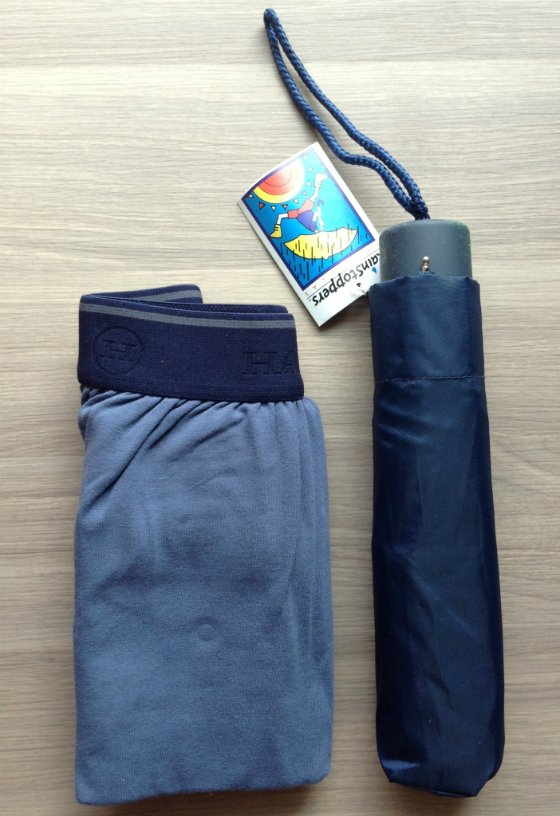 Doteable Bag Review - Monthly Subscription Boxes for College Students