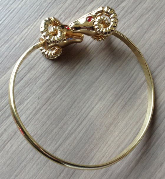 JewelMint VIPBox Subscription Box Review - March 2014 Bangle