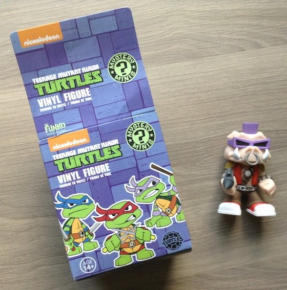 My Geeky Goodies Subscription Box Review – Sept 2014 Turtles