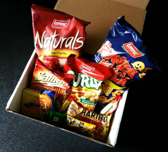 Universal Yums Subscription Box Review - December 2014 Items