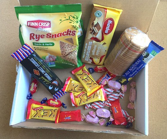 Universal Yums Subscription Box Review – April 2015 Contents