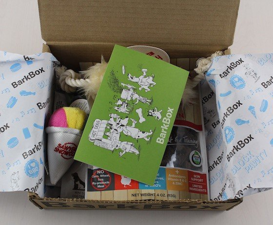 barkbox-august-2015-open