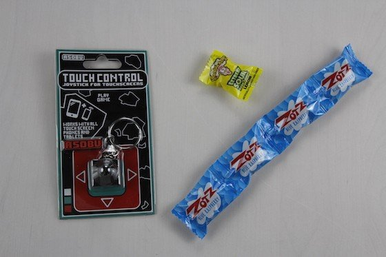 Powered Geek Box Subscription Box Review November 2015 - touchstick and candy