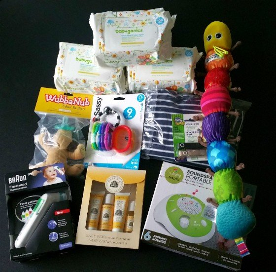 BabyBin Subscription Box Review December 2015 - all items