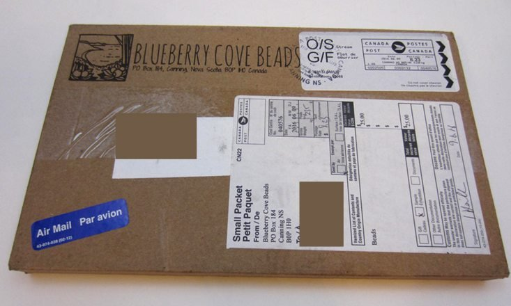 blueberrycovebeads-june-2016-box