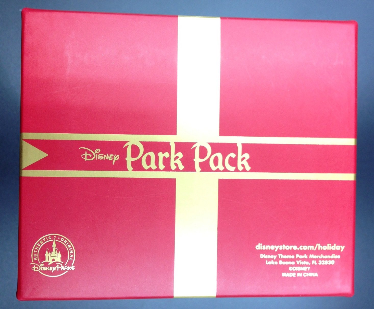 disney_park_pack_holiday_edition_august_box12
