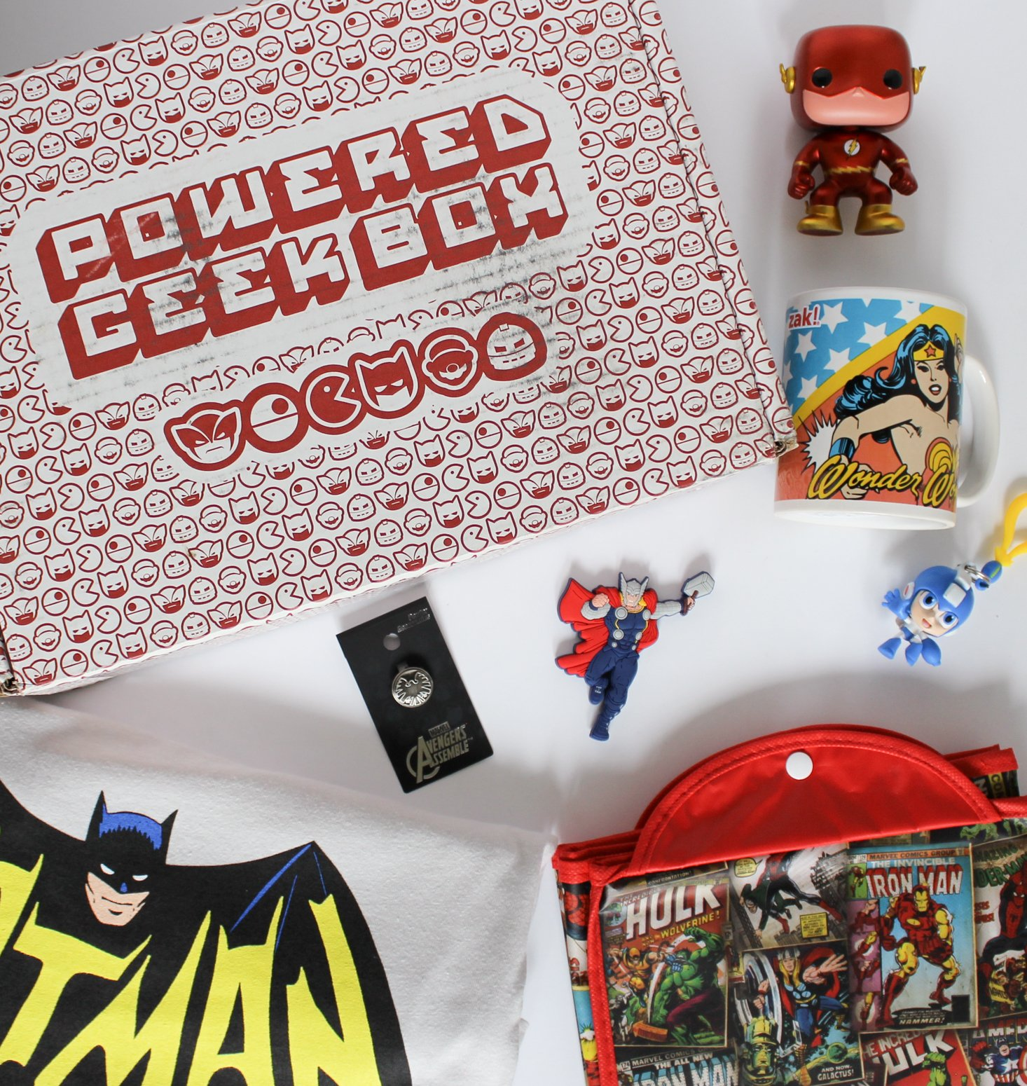 powered-geek-box-september-2016-15