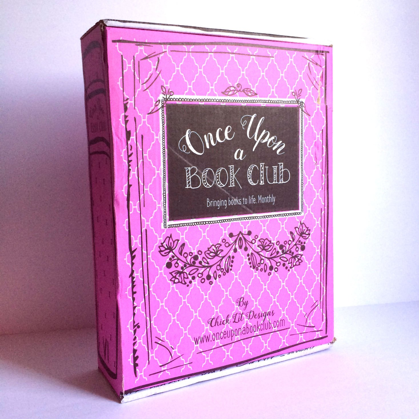 What's inside the Once Upon a Book Box for this month? Check out our review!