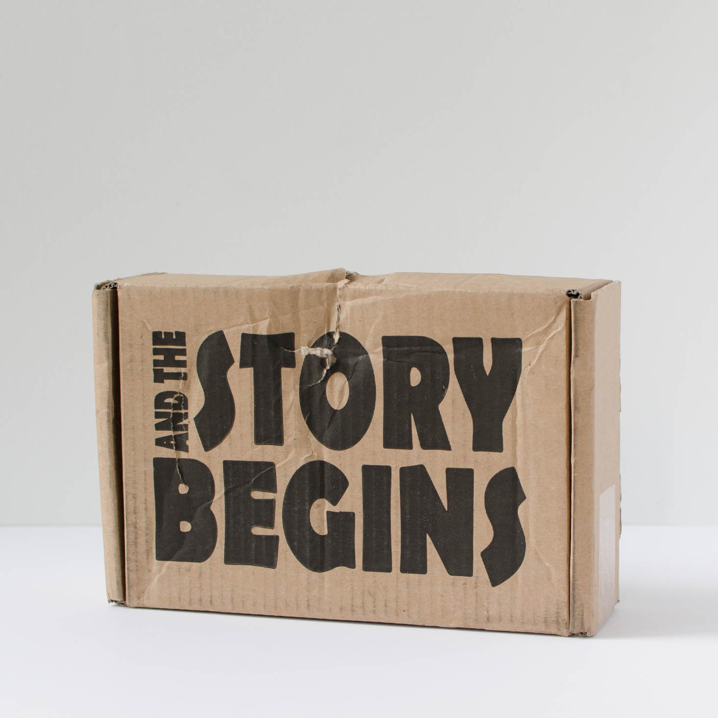 Read our review of the October 2016 and the Story Begins box!