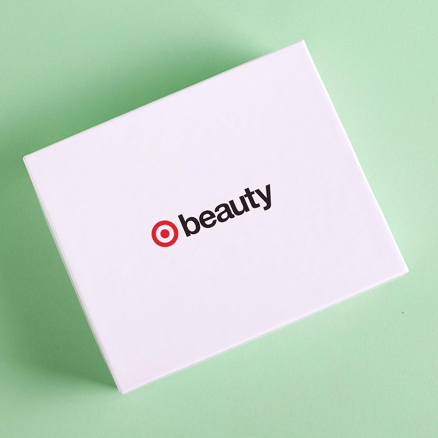 Target-beauty-box-april-2017-0001