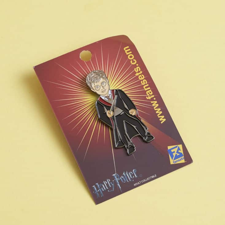 Sci Fan Block - May 2017 - Harry Potter pin in packaging