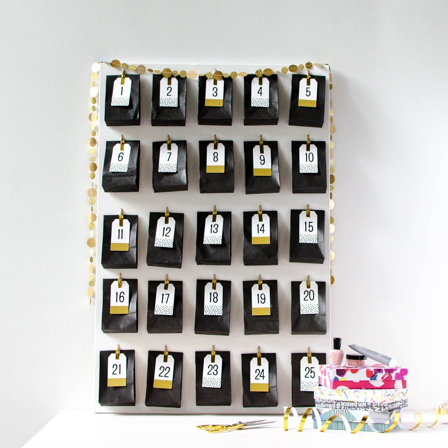 Diy Advent Calendar For Adults : Make your own diy advent calendar with beauty samples msa