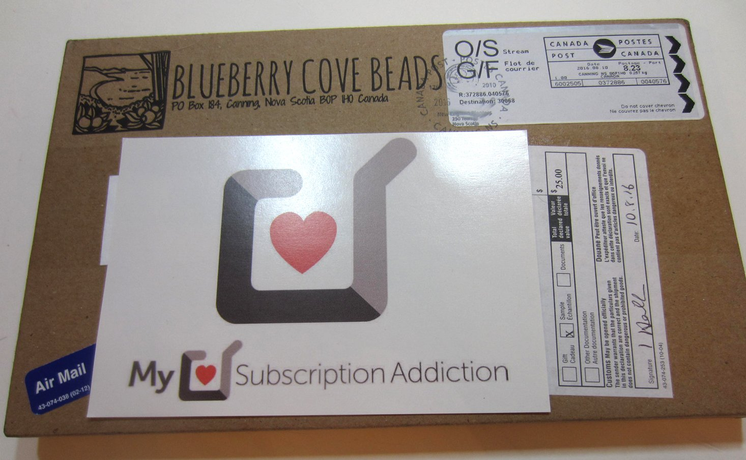 blueberrycovebeads-august-2016-box