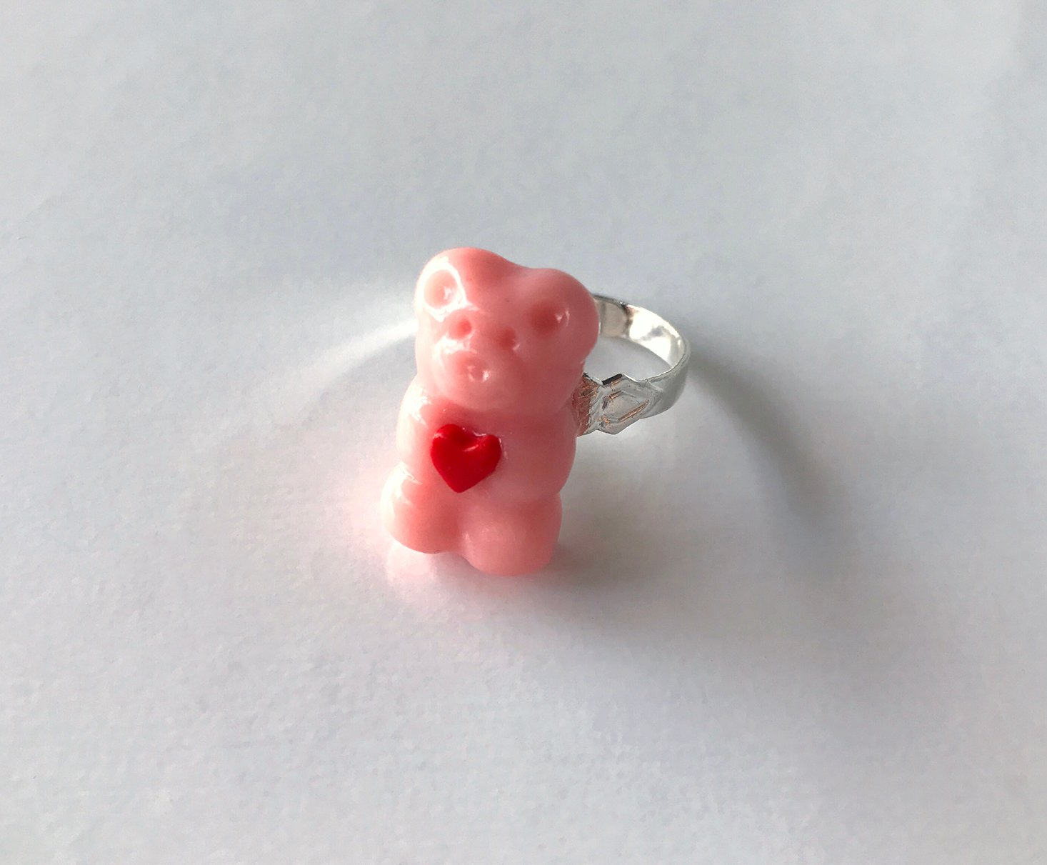 Sweet-Surprises-February-2017-Ring-Closeup-Front