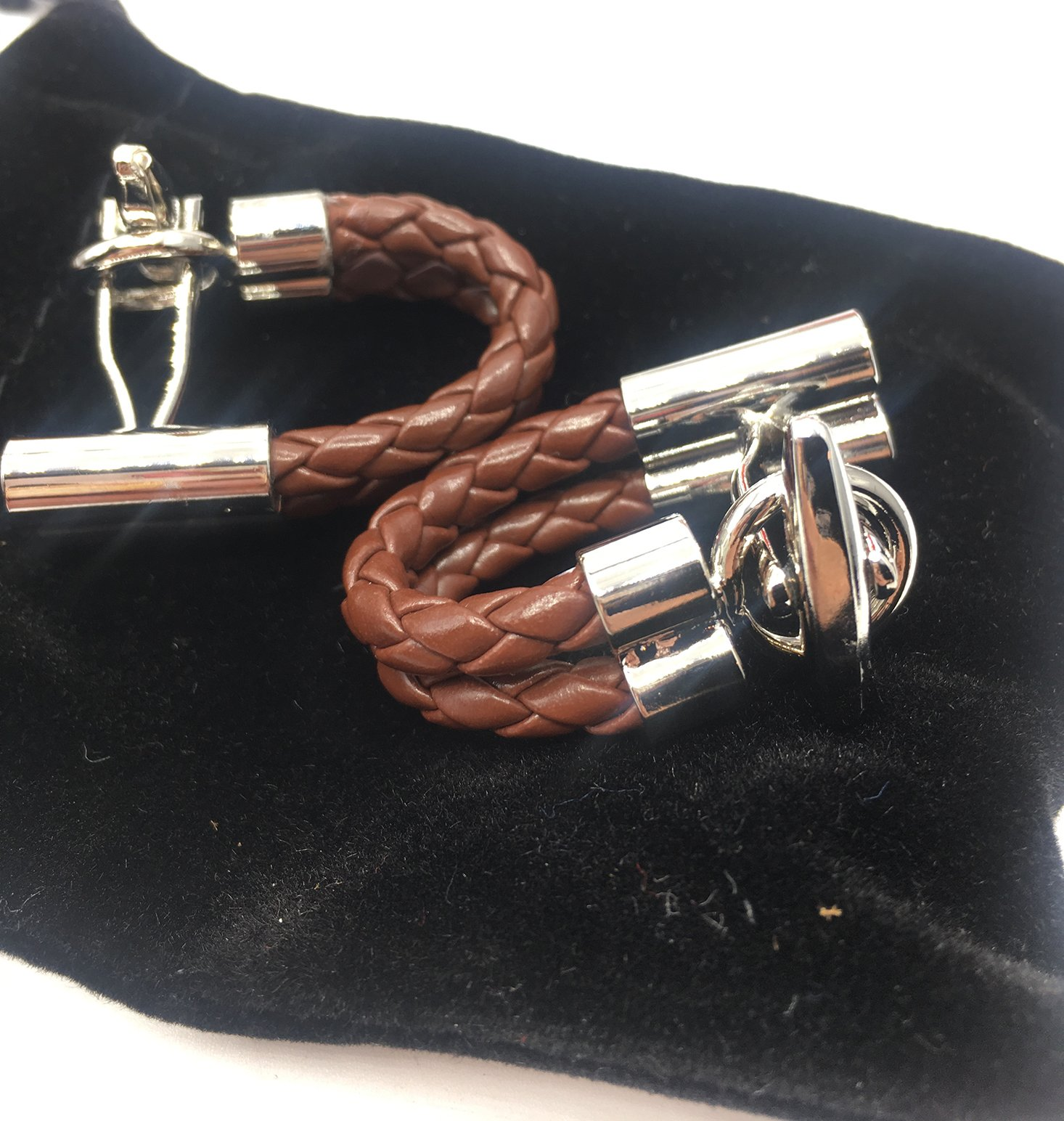 Gentleman's-Box-March-2017-Cufflinks