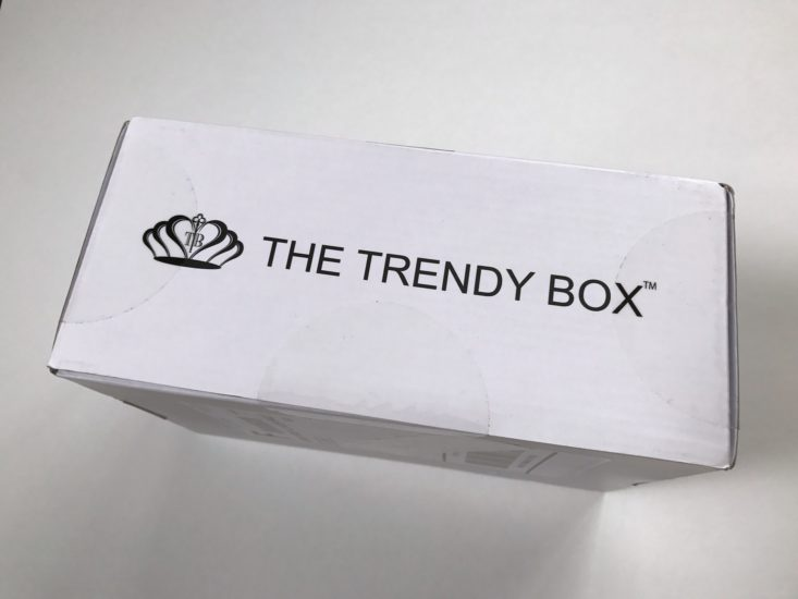 Trendy Box - Summer Love Affair - July 2017 Women's Jewelry Subscription Box