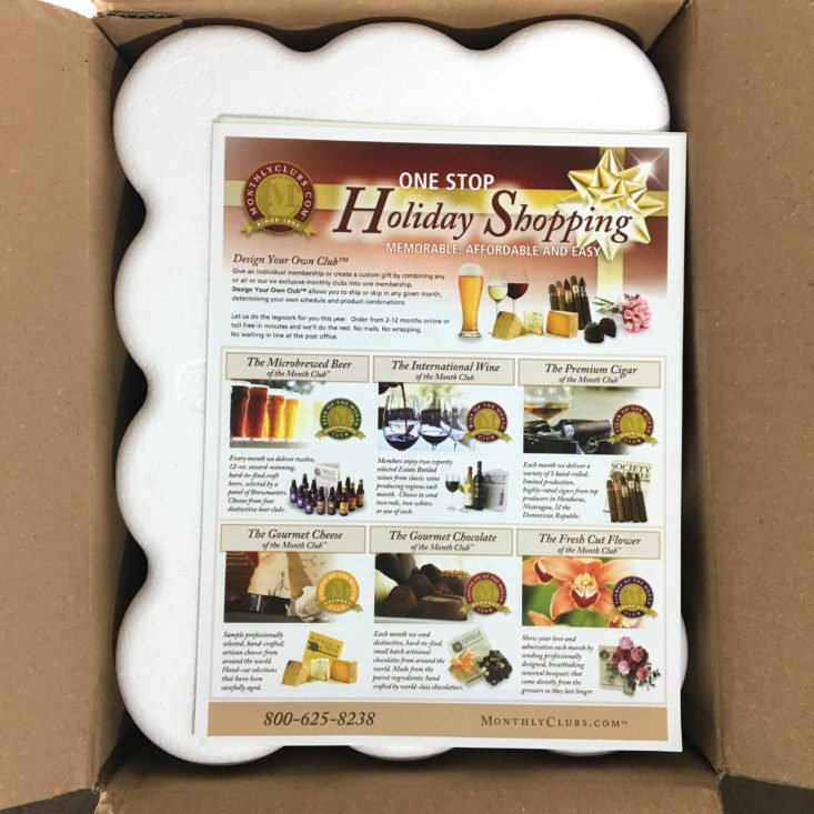 The Microbrewed Beer of the Month Club Box October 2017 - 0002