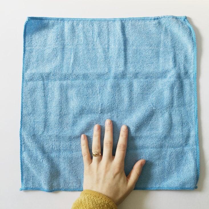 Yoga Mat Cleaning Cloth in Buddhibox Yoga January 2018