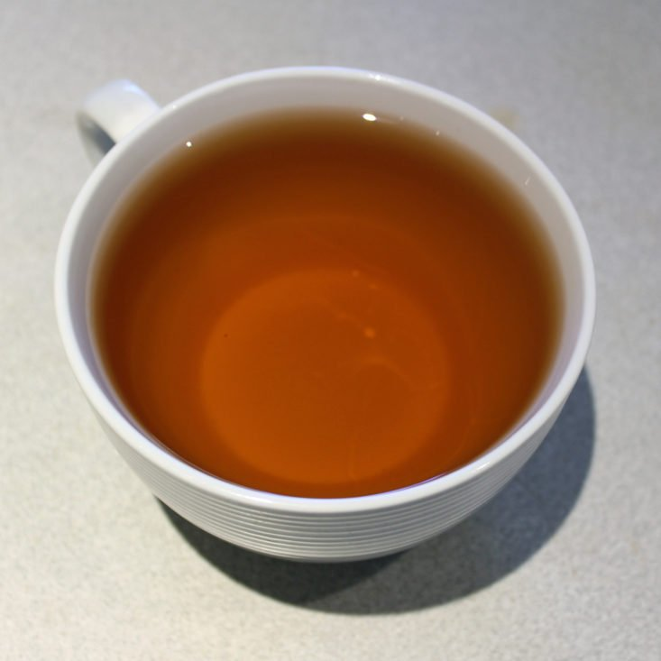 Simple Loose Leaf November 2018 Review - Yunnan First Grade Cup Top