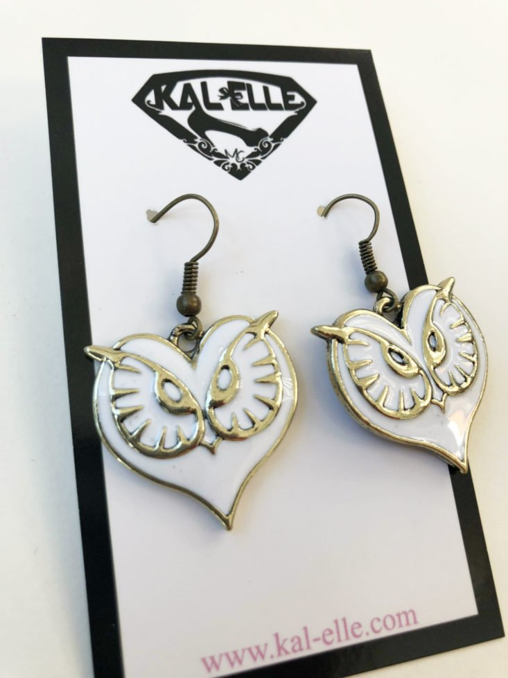 Kal Elle November 2018 - Earrings Close