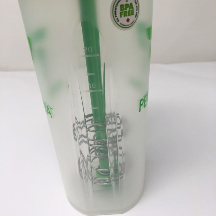 BuffBoxx June 2019 - Performa Perfect Shaker Classic (20 oz) in Clear Green 3